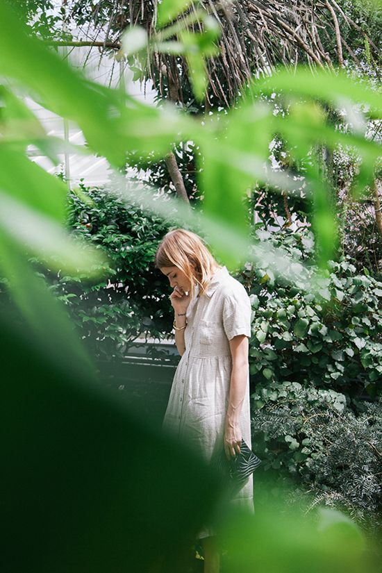 I love Liz's beautiful new Mayflower Supply Co. lookbook that was shot at the phenomenal Botanical Gardens at Smith College in Northampton, Massachussets. I'd like to climb through my c…