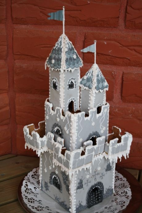 Gingerbread Castle Tower - Pepparkaksborg-torn