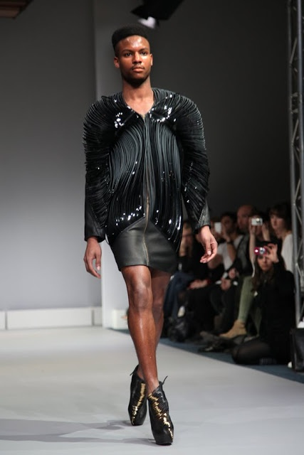 Fashion Editor at Large: MALE MODEL IN A DRESS AND HEELS STRUTS THE CATWALK AT IRIS VAN HERPEN