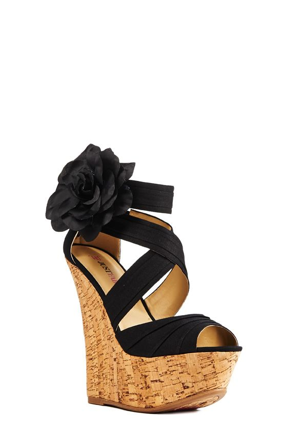 agnese by justfab is an update to our beloved