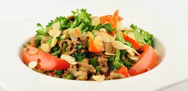 Roerbakschotel met tofu en broccoli recept - Supersnel gezond
