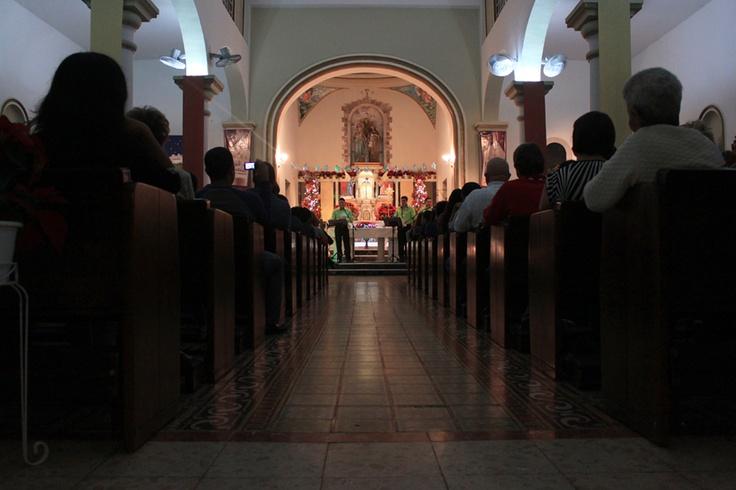 Interior de nuestra Parroquia ( La Sagrada Familia) Corozal, Puerto rico.