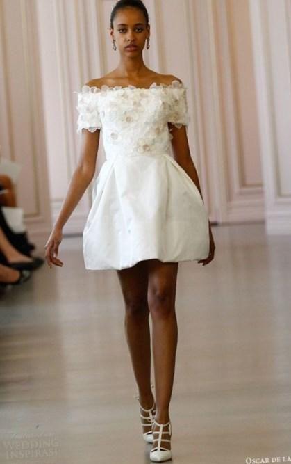 Короткие свадебные платья 2016 фото - http://1svadebnoeplate.ru/korotkie-svadebnye-platja-2016-foto-5-3450/ #свадьба #платье #свадебноеплатье #торжество #невеста