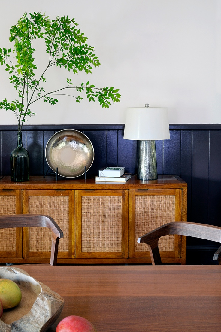 The uuma quot office registration table and center table will be in - Rue Magazine October November 2012 Issue Photography Styling And Interior