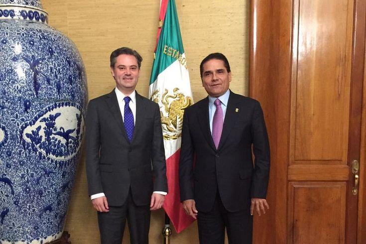 La noche de este viernes, el Gobernador Silvano Aureoles Conejo se reunió con el secretario de Educación Pública, Aurelio Nuño Mayer, con quien revisó temas concernientes al avance de la ...