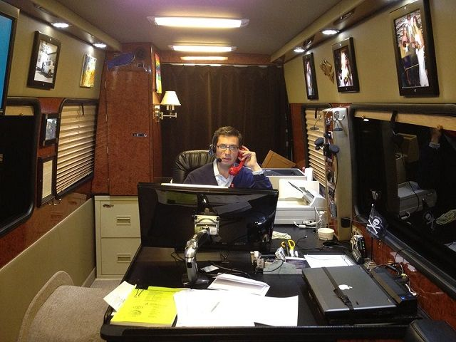 25 best ideas about mercedes sprinter 4x4 on pinterest - Commercial van interiors locations ...