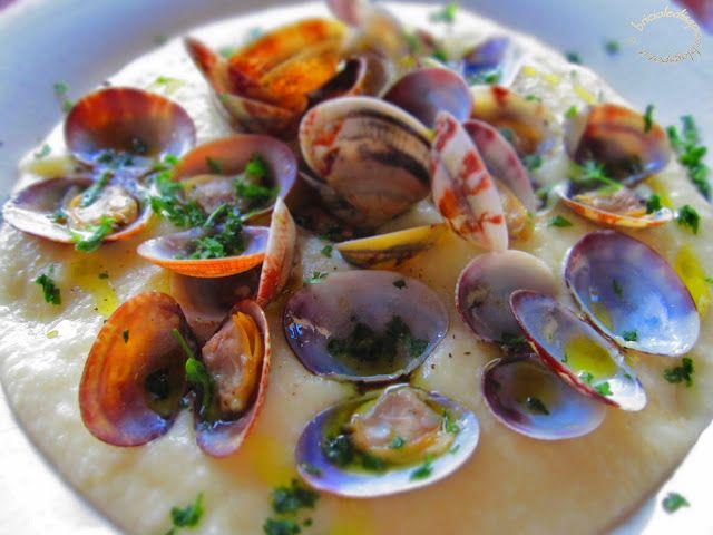 Briciole di Sapori           : Vongole veraci su vellutata di patate