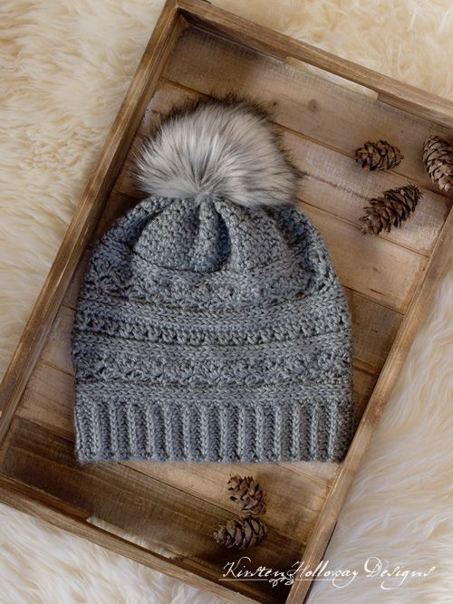 Crochet a winter slouch hat for women with this free crochet slouch hat  pattern. Instructions for making a faux fur pom-pom are included. 317ce67a9
