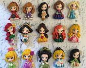 Artículos similares a Set de princesa nuevo look adorno de arcilla-arco de arcilla edición 5 colgante-scrapbooking-polímero arcilla-princesas en Etsy