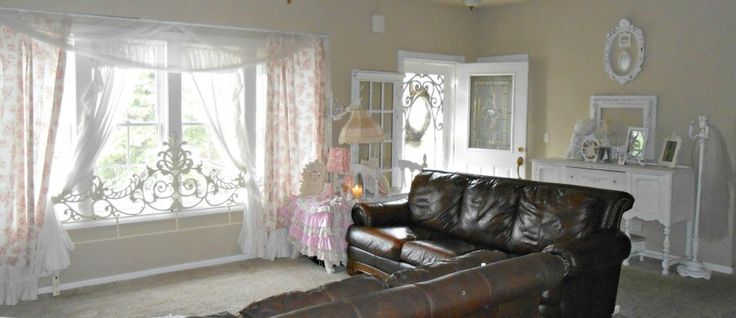 shabby chic style dark brown leather and dark brown sofas on pinterest chic living room leather