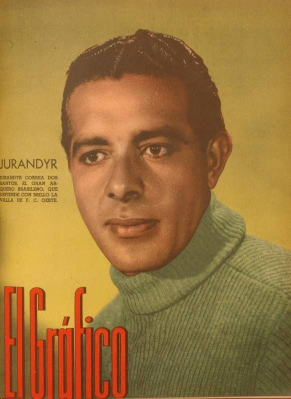 """Brazilian goalkeeper Jurandyr, who was donning sweater of Buenos Aires based club Ferro Carril Oeste in season 1940, on the cover of """"El Grafico"""" magazine of 31st May 1940"""