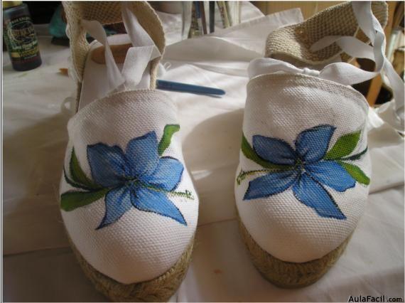 Curso gratis de Pintura en Tela - Pintando zapatos de tela | AulaFacil.com: Los mejores cursos gratis online
