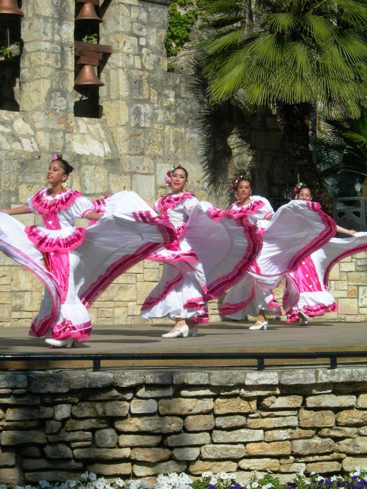 San Antonio Dancers