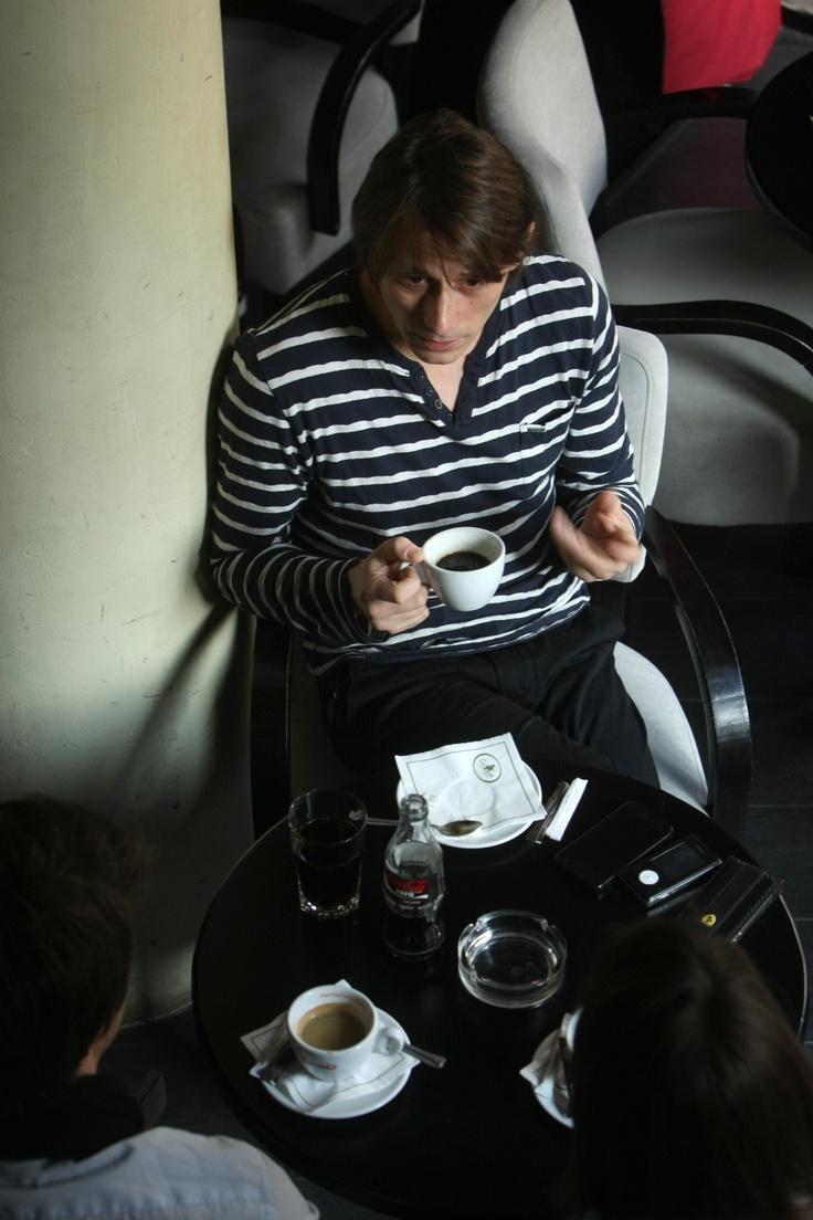 """INTERVIU Marius Manole, actor: """"Tata îmi pregătise un post pe motostivuitor"""""""
