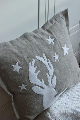 Hanka ... tvoření s láskou: ...reindeer pillow
