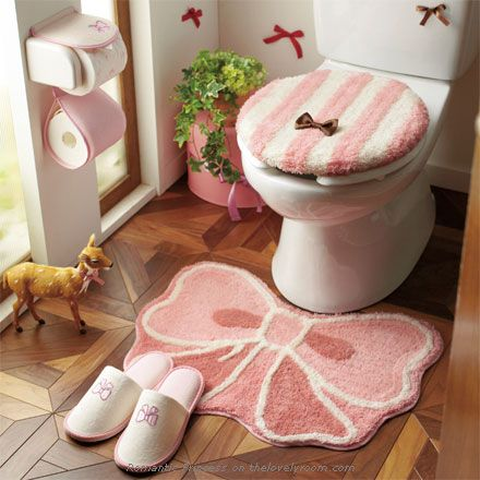 Cute bow and stripes pink  toilet seat cover  mat and toilet roll cover  bathroom. 107 best images about Hogar  Ba os e Ideas on Pinterest   Toilets