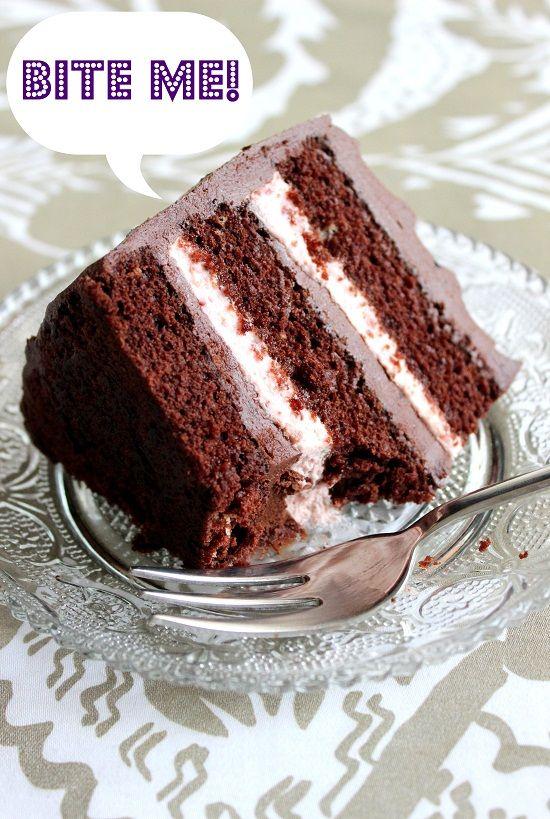 Wicked söta köket: En underbart läcker chokladkaka med hallonfyllning och chokladfyllning