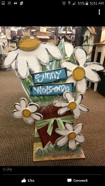 Daisy flower spring craft. Tall rustic wood craft