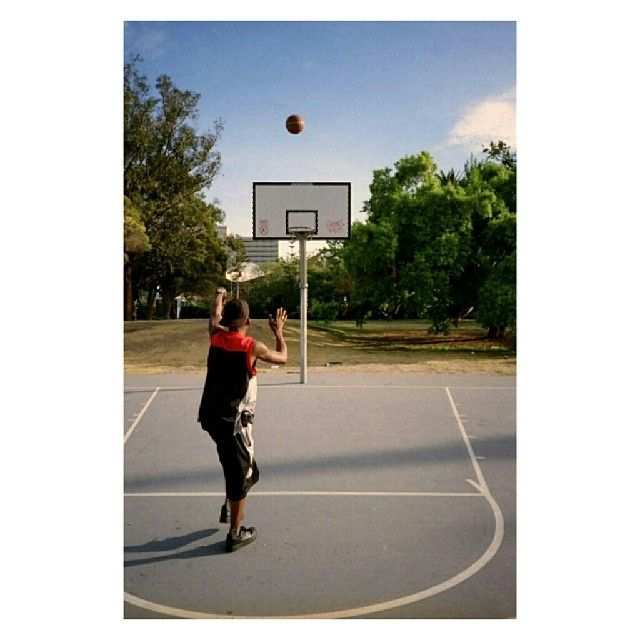"@pulpmatter's photo: ""swish _ #35mm #prahran 2009"" #35mm #basketball #pulpmatter"