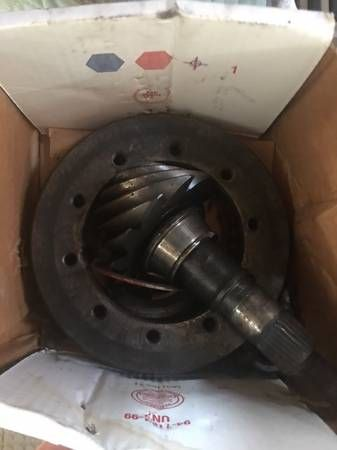 355 rear end gear from 95 Mustang (Tampa) $150