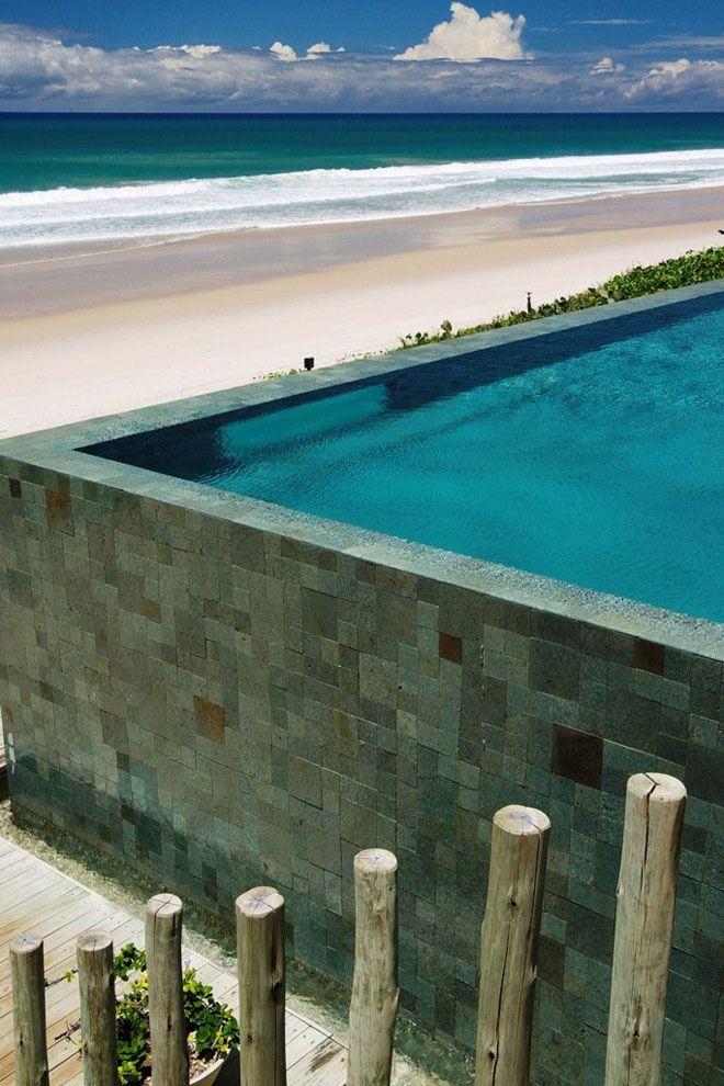 Kenoa Resort au Brésil http://www.vogue.fr/mariage/inspirations/diaporama/le-top-10-des-htels-spcial-lune-de-miel-du-printemps-voyages/19429