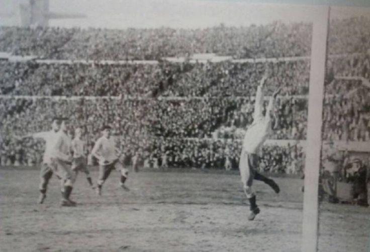 Uruguay-Argentina: muertos y treguas del superclásico más antiguo de América | Deportes | EL PAÍS https://elpais.com/deportes/2017/08/29/actualidad/1504025555_215917.html#?ref=rss&format=simple&link=link