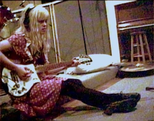 Kat Bjelland    I really like this picture, pretty bad quality i know,