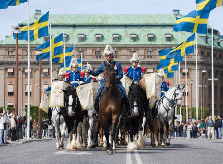 Beridna högvakten på Nationaldagen - Stockholm