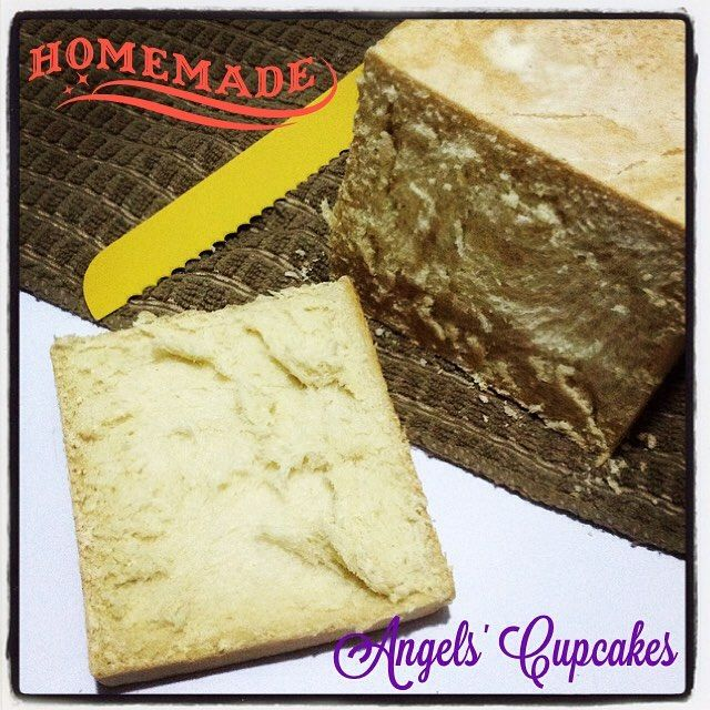 Pan de sándwich caserito y recién salido del horno. Delicioso! Pronto la receta en mi blog. #pan #pancasero #panartesanal #panartesano #sandwich #pandeleche #panaderia #angelscupcakes #theangelscupcakes