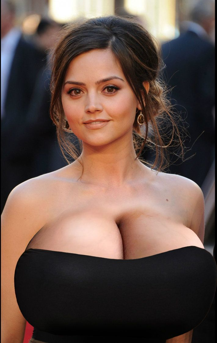 Big boobs cleavage pictures