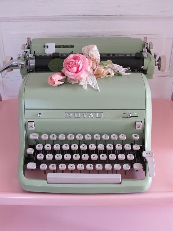 http://www.fashionblabla.it/beata-ignoranza/caro-ufficio-stampa-ti-scrivo.html#