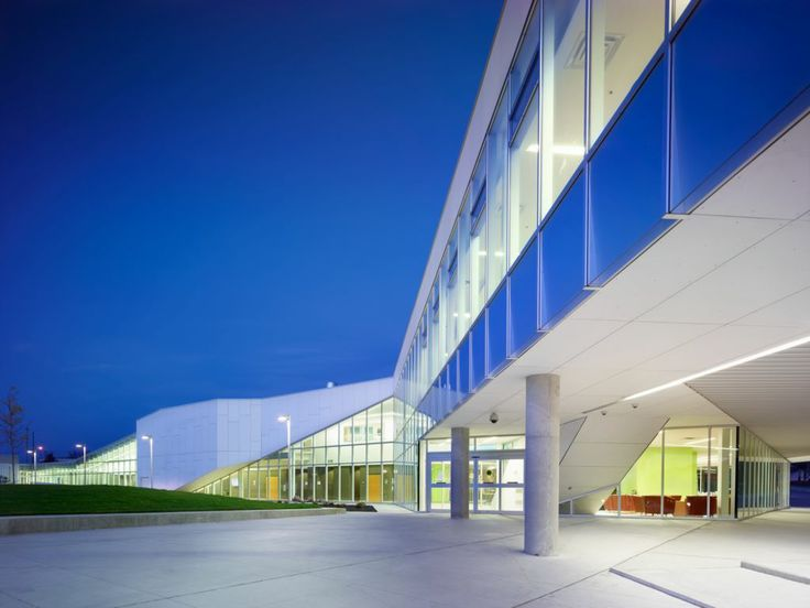 Project: Durham College Location: Whitby, ON Product: Equitone Architect: Teeple Architects