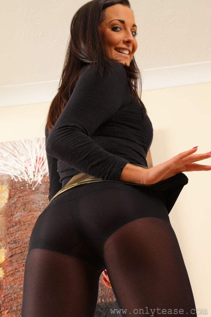 tease tight skirt Mature