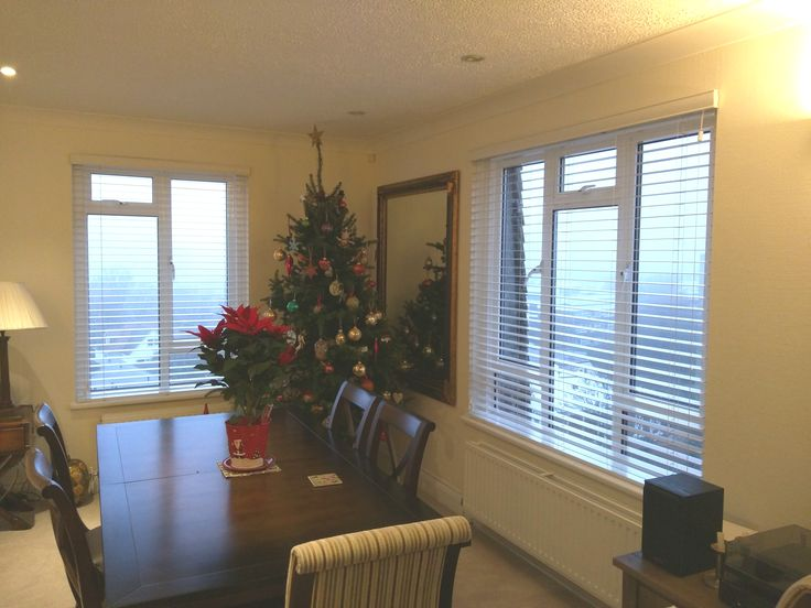 wood venetian blinds with strings dining room blinds hove
