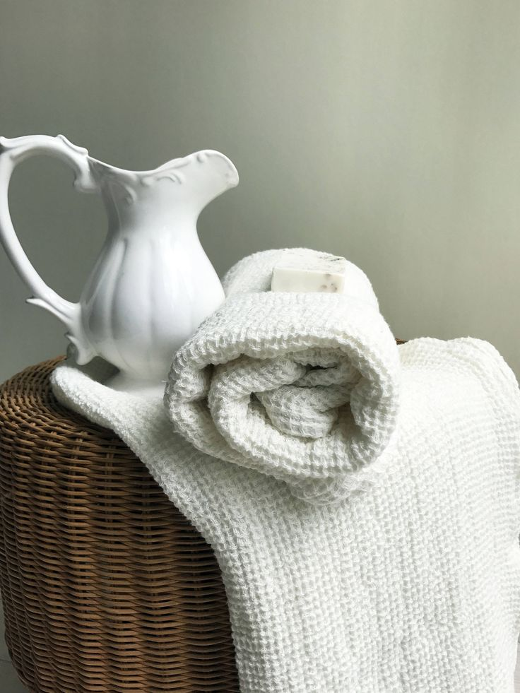 Voluminous linen bath towel, natural bath towel, textured towel, large towel, massage towel, sauna towel, woven towel, 100% linen towel by Linenbeeshop on Etsy https://www.etsy.com/listing/519665390/voluminous-linen-bath-towel-natural-bath