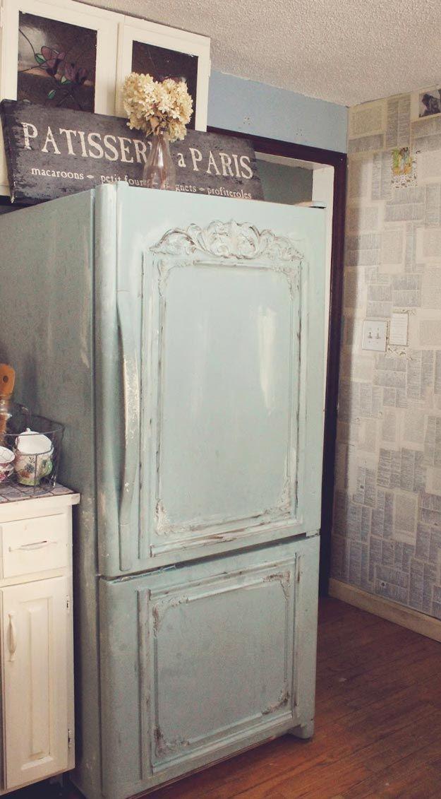 DIY Kitchen Shabby Chic Furniture Ideas   http://diyready.com/12-diy-shabby-chic-furniture-ideas/