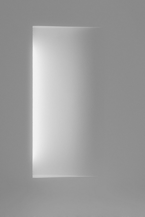 smart way to build a wall light