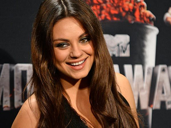 Sideshow: A biology lesson from Mila - PHILLY.COM #MilaKunis