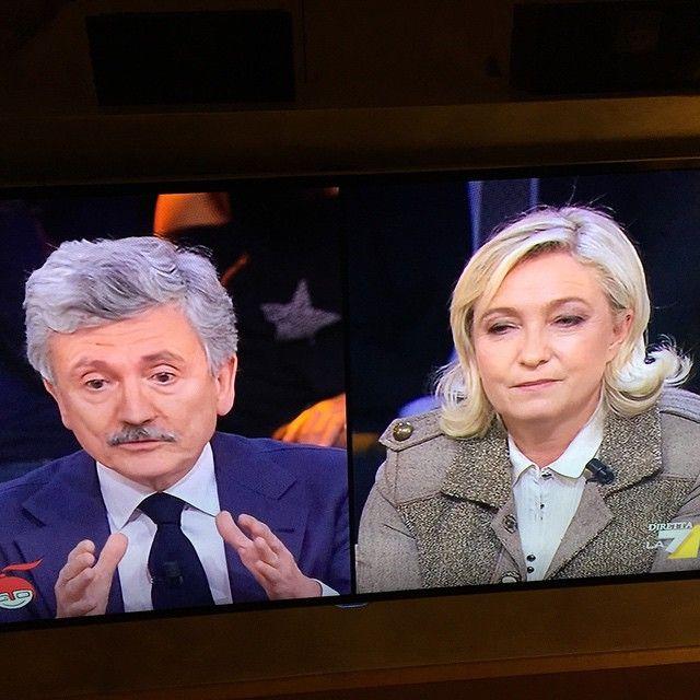 #BiagioAntonacci Biagio Antonacci: Crisi di coppia ..... #tipensoraramente #doloreeforza #holamusicanelcuore #haibisognodime #tuseibella #cado