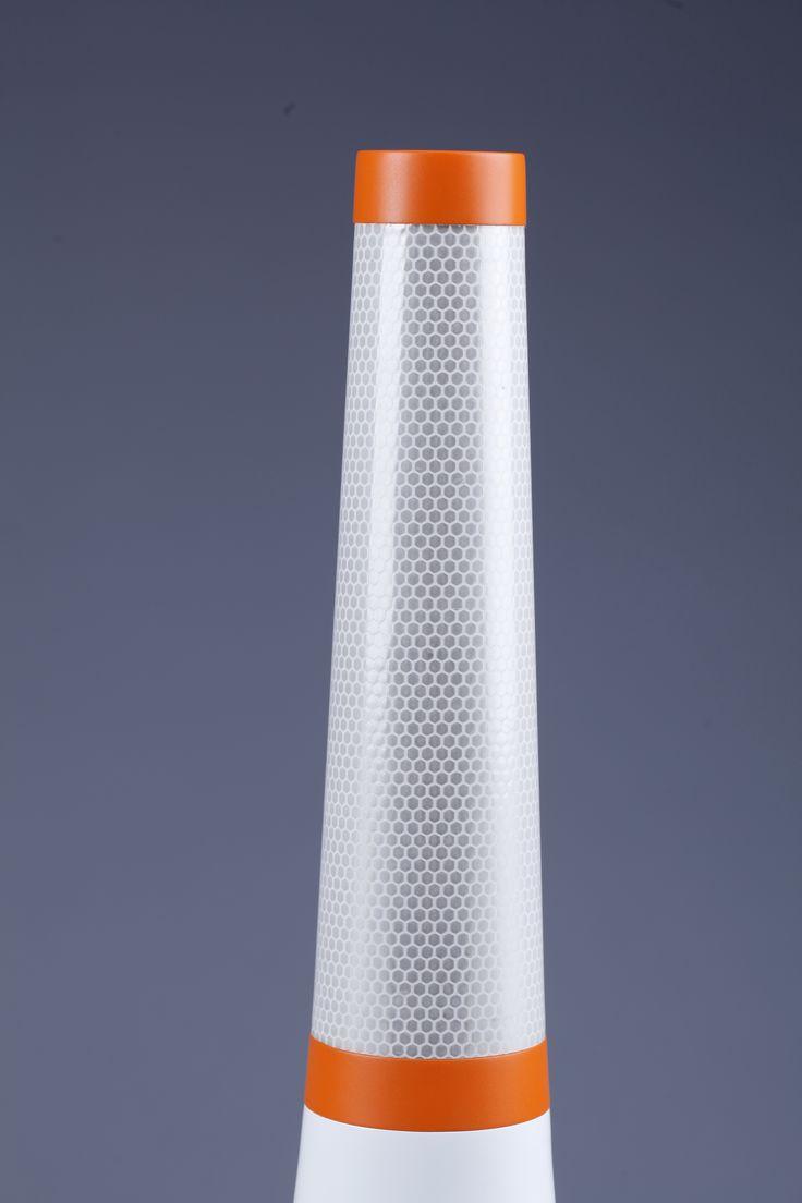 Cross Elastic Stick of Roly Poly #BoyoungKim #HojeongLee #R.P.OpticalGuidanceLamp #상명대학교 #산업디자인 #졸업전시회 #졸전 #플럭서스 #변화 #흐름 #컨셉 #일러스트 #작업 #illustration #fluxus #flow #flux #concept #design #art #industrial #product #image #2016 #13th #degreeshow