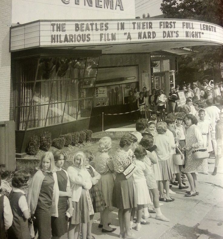 Fans form a line in front of their local cinema to see A Hard Day's Night,1964.