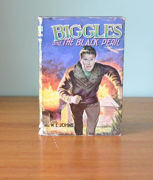 Biggles and the black Pearil childrens book