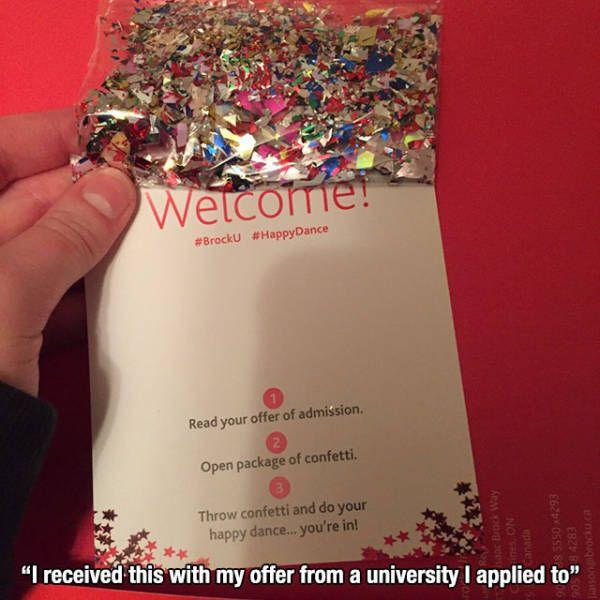 Öğrencinin okula kabulünü konfeti göndererek kutlayan üniversite, iyi bir işveren markası ruhu örneği olabilir.