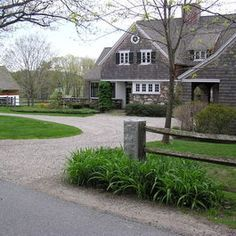 17 Best Images About Circular Driveway On Pinterest