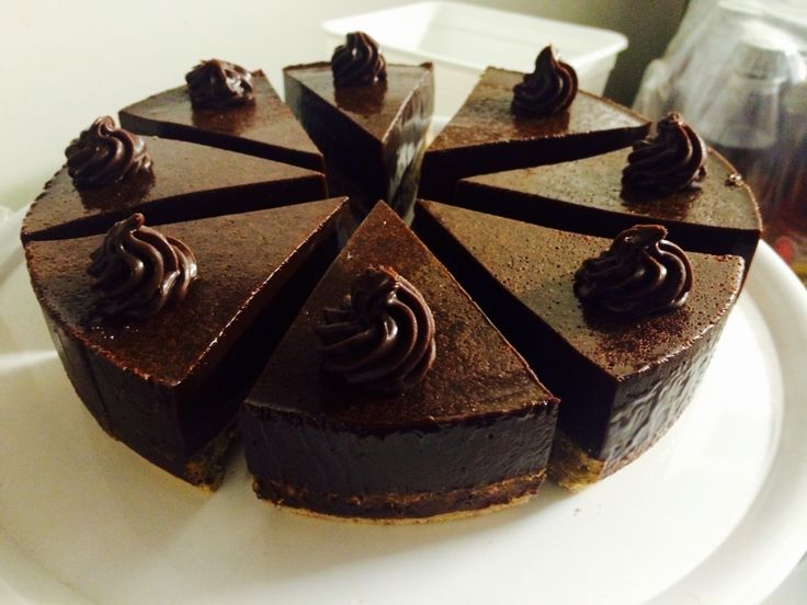 Dark chocolate n pistachio tart