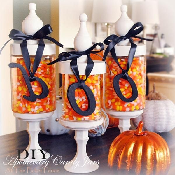DIY Hallowen Crafts : DIY Halloween Candy Jars -