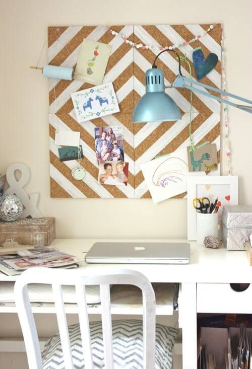 DIY- painted cork-tile pinboard