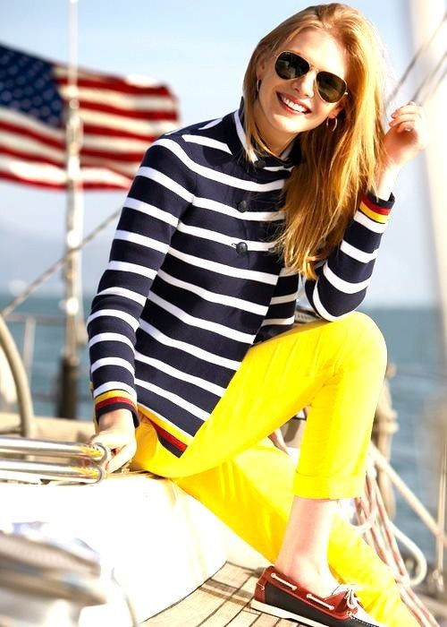 Striped blazer + yellow trousers + deck shoes