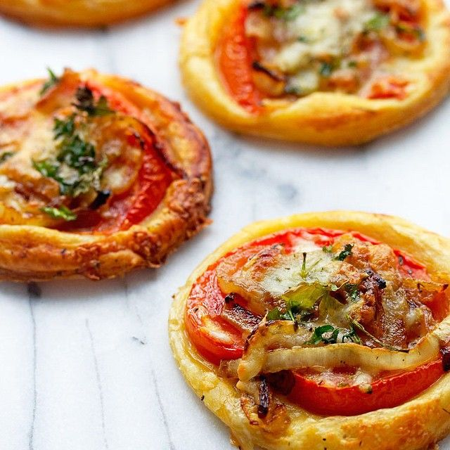 Tomato Puff Pastry Tartlets With Caramelized Onions And Pepperjack ...