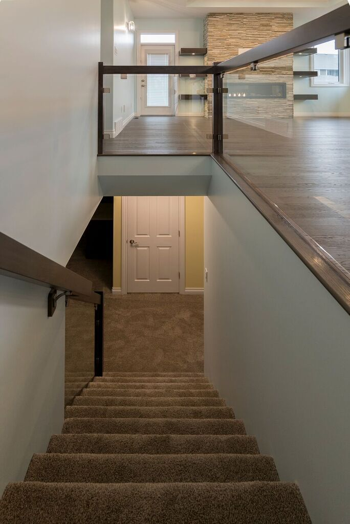 Just love the open feeling this glass rail brings. #customizeit #buildwithharmony